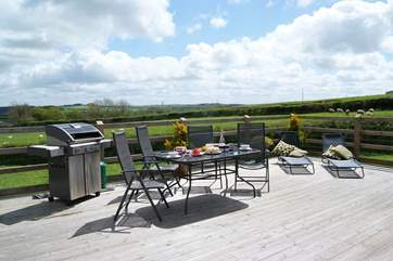 With distant view out over the open countryside you will really enjoy the decked area.
