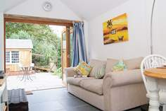 Little Sandcastle - Holiday Cottage - Cadgwith