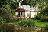 Dieppy Farm Cottage sleeps Sleeps 2 + cot, 4.6 miles E of Dulverton.