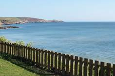 Cliff House - Holiday Cottage - 1.7 miles SE of Marazion