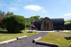 The Hideaway - Holiday Cottage - 1.4 miles SE of Marazion