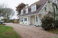 Tregwyth - Holiday Cottage - Mullion