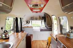Poppy Airstream - Holiday Cottage - 1.8 miles SE of St Agnes