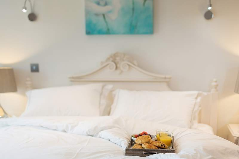 Breakfast in bed?....yes please!