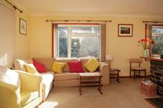 Trevail Sleeps 5 + cot, 1.7 miles S of St Ives.