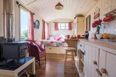 Shepherd's Bliss - Holiday Cottage - 8.4 miles SW of Tiverton