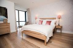 Angrouse Sleeps 4 + cot, St Ives.