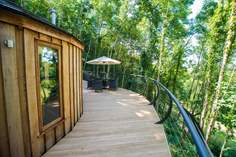 Owl Cedar Yurt - Holiday Cottage - 2.4 miles NW of Dartmouth