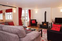 Number 3 The Old Antiques Centre Sleeps 6 + cot, Colyton.
