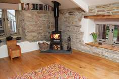 The Old Dairy Sleeps 4 + cot, 1.3 miles NE of Altarnun.