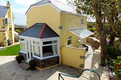 Tramways Cottage Sleeps 2 + cot, 4.6 miles SE of Portreath.