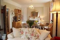 Harbourmaster House Sleeps 6 + cot, Hayle.