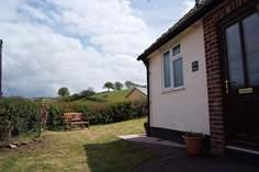 Gorse Cottage Sleeps 6 + cot, 6.3 miles NW of Dulverton.