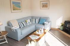 The Lilypad Sleeps 2 + cot, 3.4 miles S of Portreath.