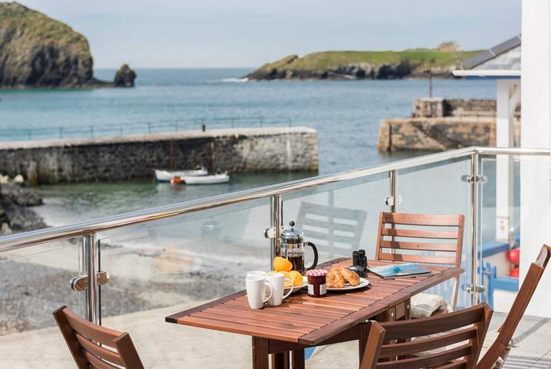 Breakfast on the balcony with a view of Mullion, perfect.
