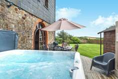 The Granary - Holiday Cottage - 1 mile E of Widemouth Bay