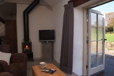 Ellas Pottery - Holiday Cottage - 5.6 miles NE of Sennen