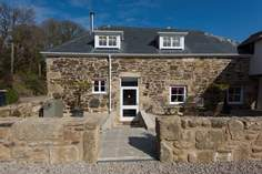 Apple Loft Cottage - Holiday Cottage - 2.8 miles N of Mousehole