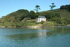 Quay Cottage - Holiday Cottage - 1.5 miles SW of Portscatho