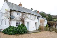 Dairy Cottage sleeps Sleeps 6, 3.7 miles E of Lyme Regis.