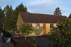 The Cottage - Holiday Cottage - 1.4 miles N of Crewkerne