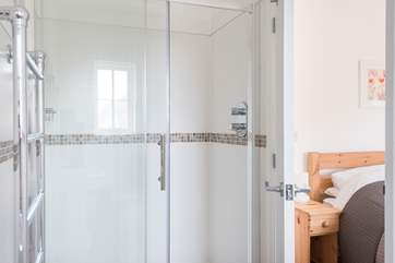 The en-suite shower room to the double bedroom.