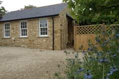 Vine Cottage Retreat - Holiday Cottage - 3.9 miles E of Ilminster