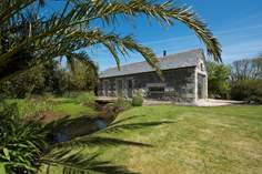 Marbles - Holiday Cottage - 2.6 miles SE of Helford