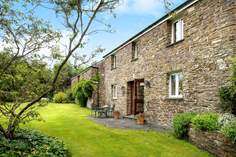 Scarlett's Barn - Holiday Cottage - 2.1 miles N of Lifton