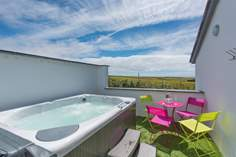 Monterey Pines - Holiday Cottage - 1 mile S of Sennen