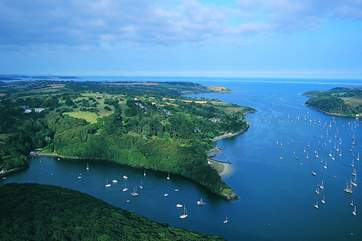 This beautiful and unspoilt area of the Helford River is yours to explore.