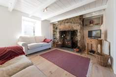 Honeysuckle Cottage - Holiday Cottage - 1.8 miles N of St Just
