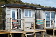 The Chalet on the Beach - Holiday Cottage - Lyme Regis