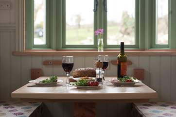 With both a full-size electric oven and two-ring hob provided, you can cook up a yummy meal, accompanied by a glass of wine or two.