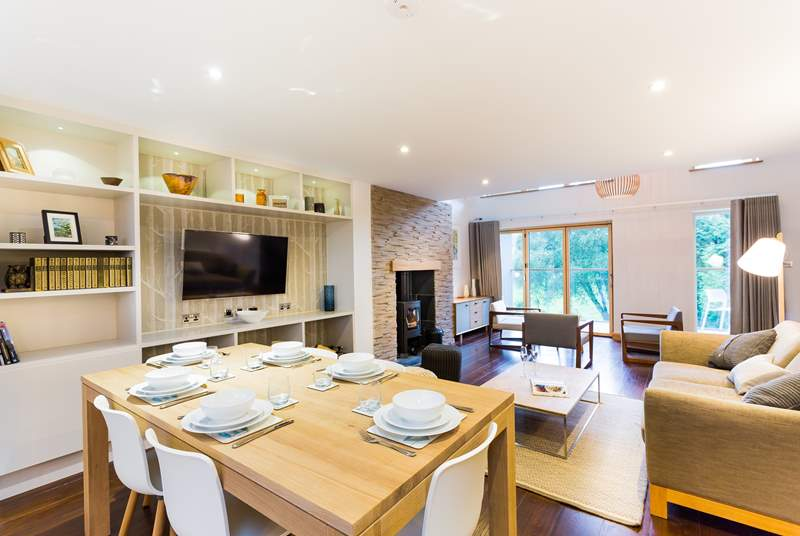 Open plan living at its very best.