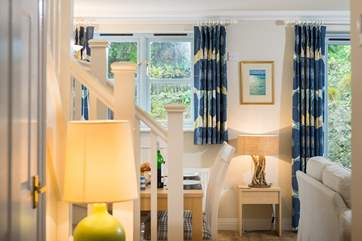 Beautiful fabrics in relaxing colours can be found in all rooms of the cottage.