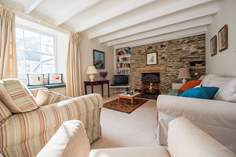 Russell House sleeps Sleeps 7 + cot, St Mawes.