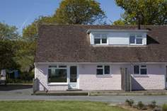 10 Tollgate Cottages - Holiday Cottage - Seaview