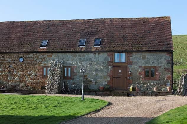 2 Bagwich Barn