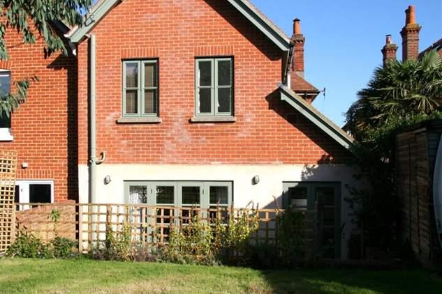 2 Elgin House