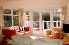 3 Astra House - Holiday Cottage - Seaview
