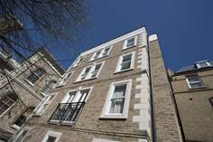 6 Pier View Court - Holiday Cottage - Ryde