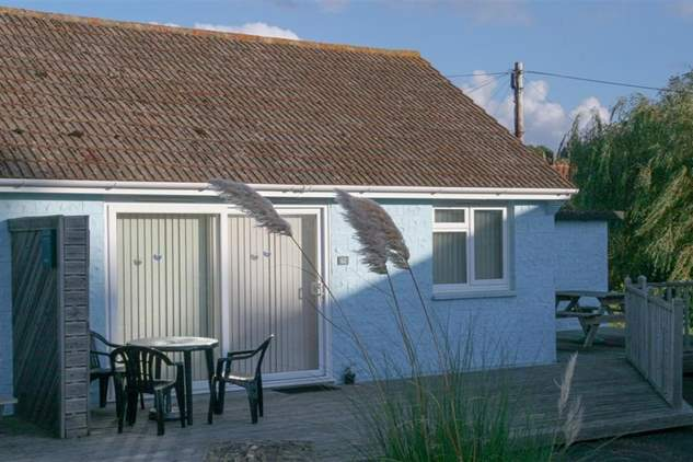 62 Buddleia Cottage-2
