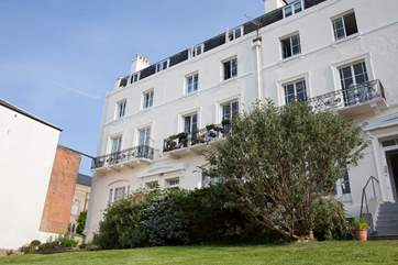 7 Lind Court is in the heart of Ryde town and just minutes away from the seafront