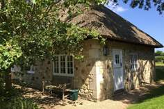 Afton Lodge - Holiday Cottage - 3.5 miles NW of Old Freshwater