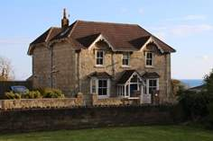 Cornerstone East - Holiday Cottage - Ventnor