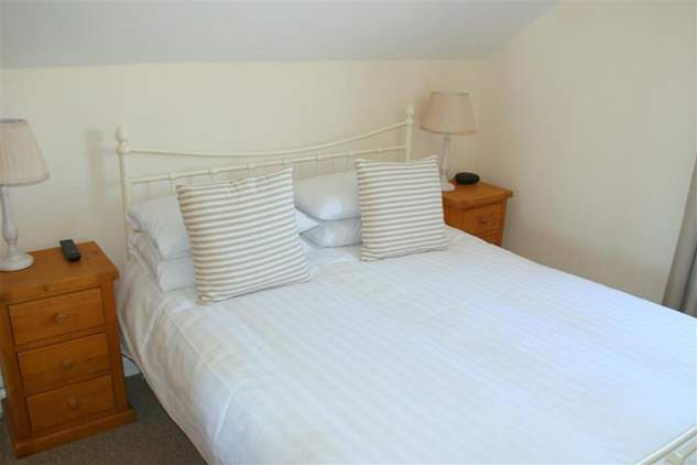 Curlew Cottage-4