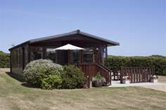 Hill Farm Lodge - Holiday Cottage - St Helens
