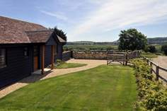 Little Black Barn - Holiday Cottage - St Helens