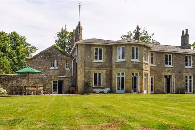 Pelham Lodge-4